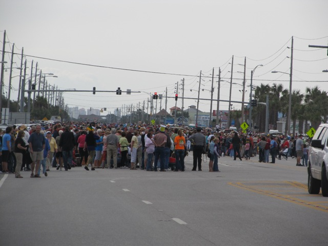 mardi_gras_day_parade_orange_beach_001