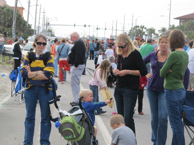 mardi_gras_day_parade_orange_beach_004