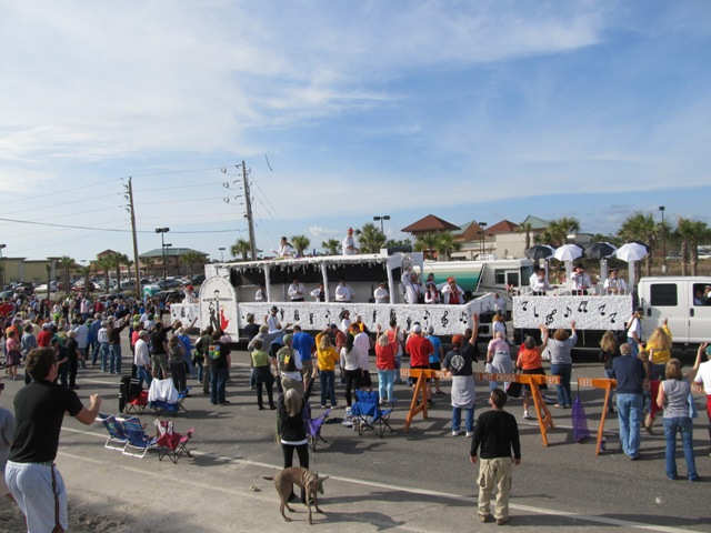mardi_gras_day_parade_orange_beach_033
