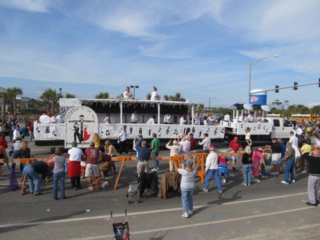 mardi_gras_day_parade_orange_beach_034