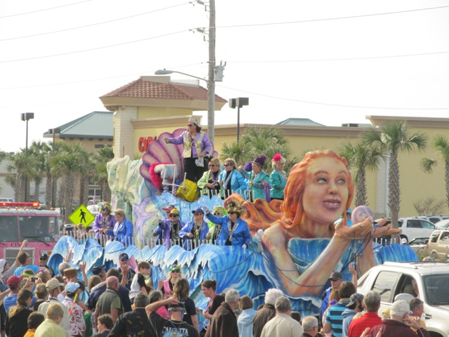 mardi_gras_day_parade_orange_beach_039