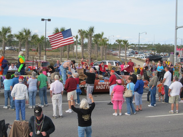 mardi_gras_day_parade_orange_beach_053