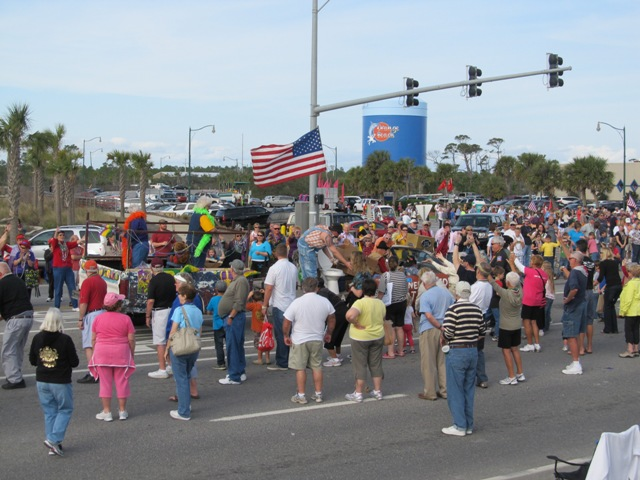 mardi_gras_day_parade_orange_beach_054