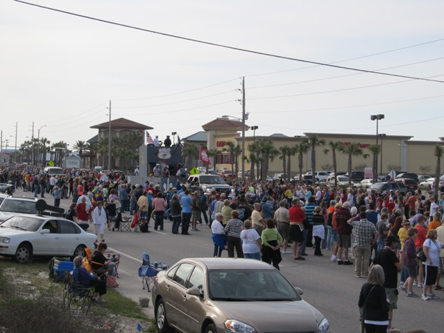 mardi_gras_day_parade_orange_beach_070