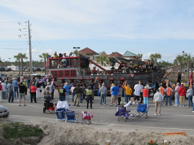 mardi_gras_day_parade_orange_beach_077
