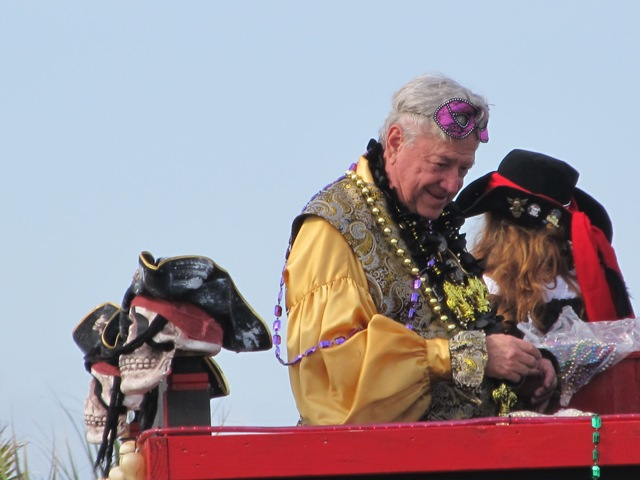 mardi_gras_day_parade_orange_beach_079