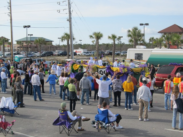 mardi_gras_day_parade_orange_beach_086