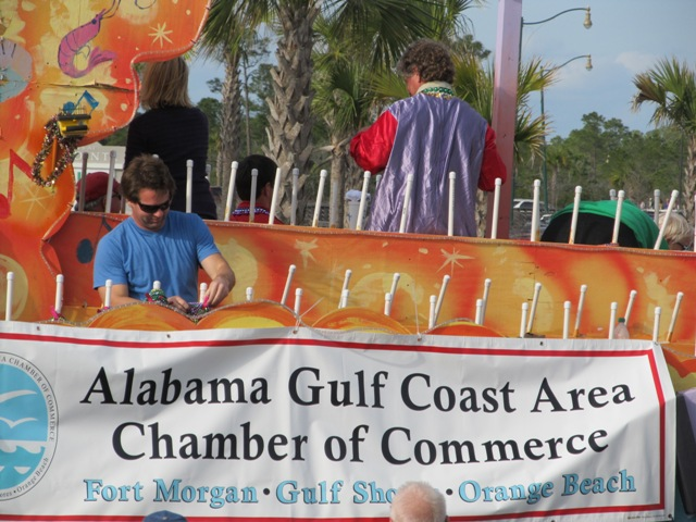 mardi_gras_day_parade_orange_beach_094